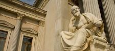 Philosophie studieren: Voraussetzungen, Inhalte & Berufsaussichten